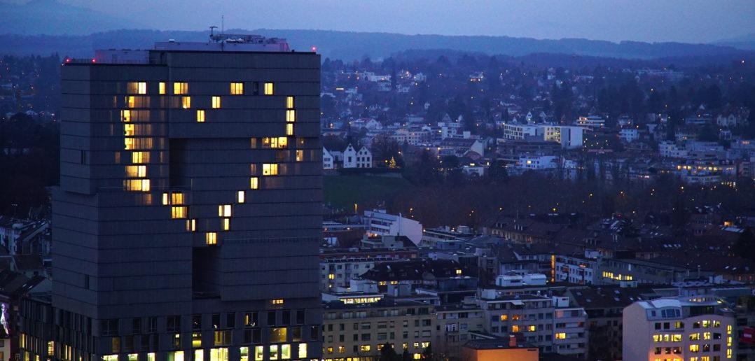 Lichtinstallation Meret Oppenheim Hochhaus