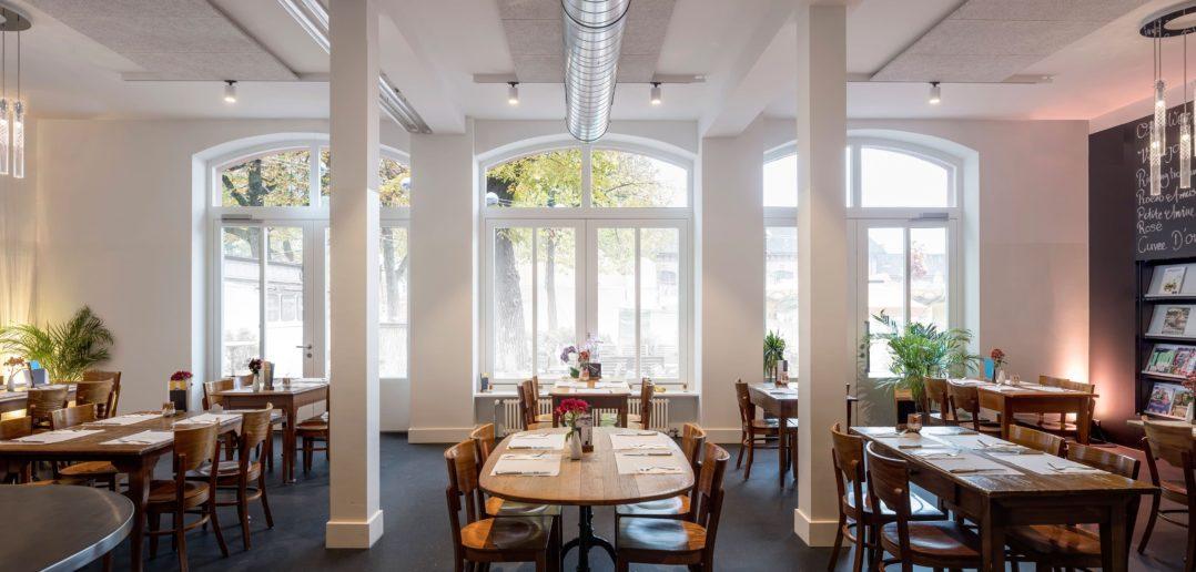 Umbau Restaurant Parterre One Restaurant von Focketyn del Rio Studio © Adria Goula