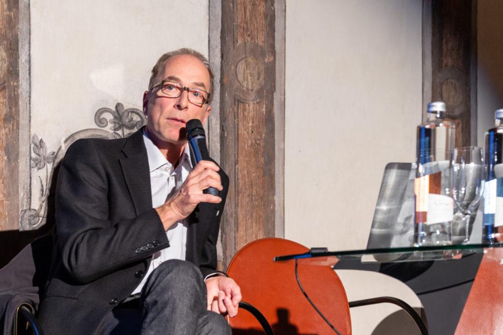 Markus Kreienbühl an der BSA-Debatte zur Baukultur an der Universität Basel © Architektur Basel