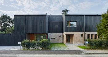 Drei Wohnhäuser in Münchenstein © Tom Bisig