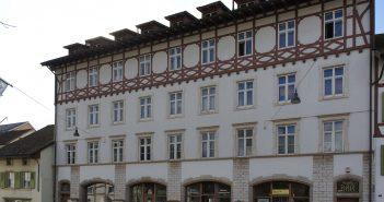 Ehemaliges Warenhaus «Cheesmeyer», Fassade Hauptstrasse, Sissach © Architektur Basel