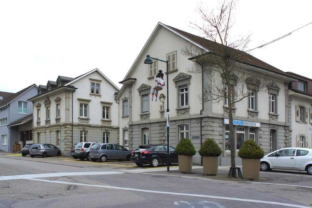 Ehemaliges Restaurant Eckstein (vorne) und Wohnhaus Häfelfinger (hinten), Sissach © Architektur Basel