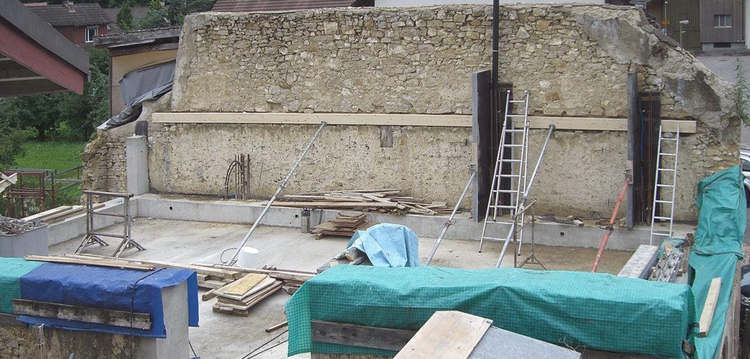 Die neue Struktur wird in die historische Ruine «eingebaut» © Bonauer Architekten AG