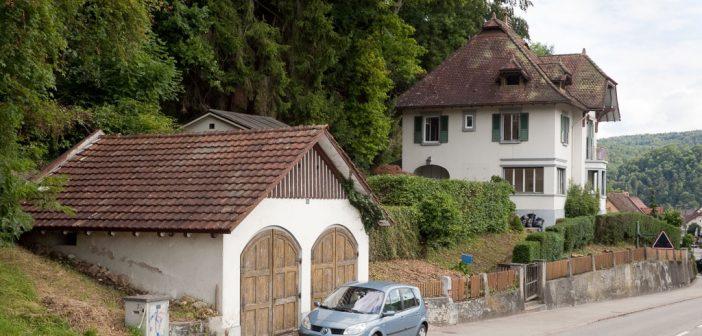 Direktorenvilla Cattin 1908 mit Garage 1917 , Hölstein © Börje Müller Fotografie