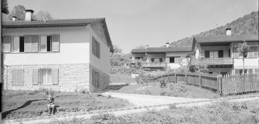 Waldenburg, Wohnkolonie Schanz (1948) STABL_PA_6292_01_783, Seiler Arnold Senior (1864-1927) und Junior (1892-1978), Liestal, Fotosammlung, Staatsarchiv Basel-Landschaft, Foto: Arnold Seiler-Rudin