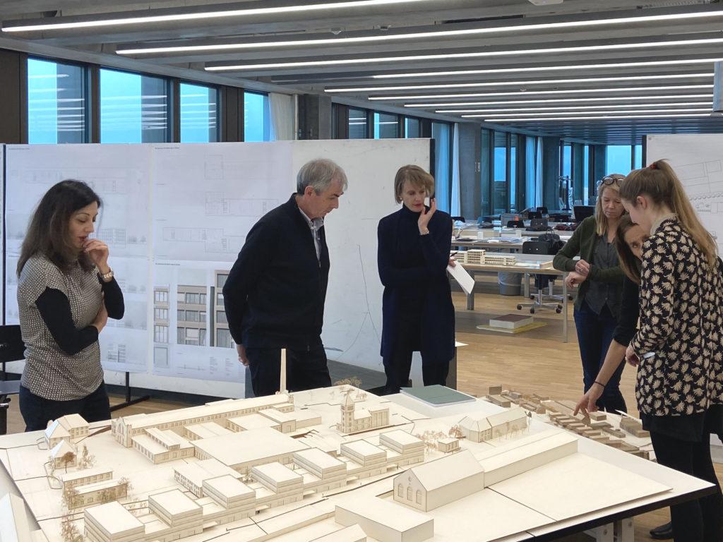 «Wo wird angeliefert?» © Architektur Basel