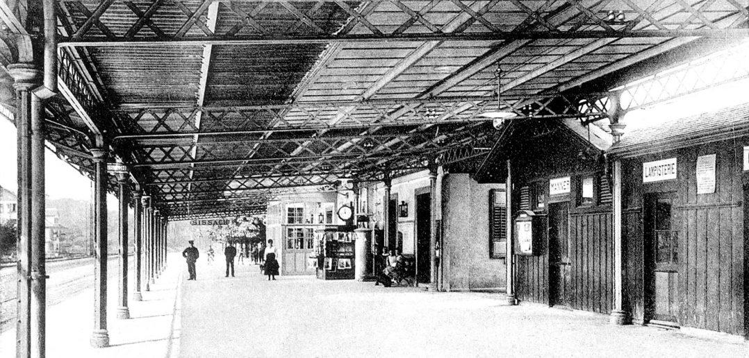 Stationsgebäude mit Perrondach in Sissach um 1912, Archiv Heinz Spinnler