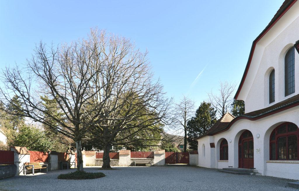 Ungewohntes Krüppelwalmdach, Reformierte Kirche Arlesheim © Simon Heiniger / Architektur Basel