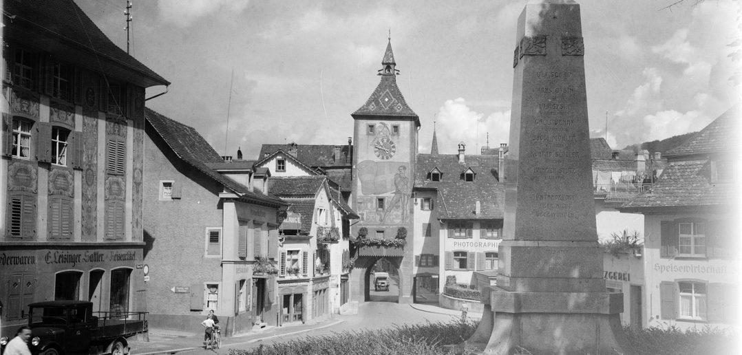 Blick vom Bauerndenkmal in Richtung Obertor, Liestal 1934, STABL_PA_6292_01.277, Fotosammlung Seiler Arnold und Junior, Liestal, Staatsarchiv Basel-Landschaft