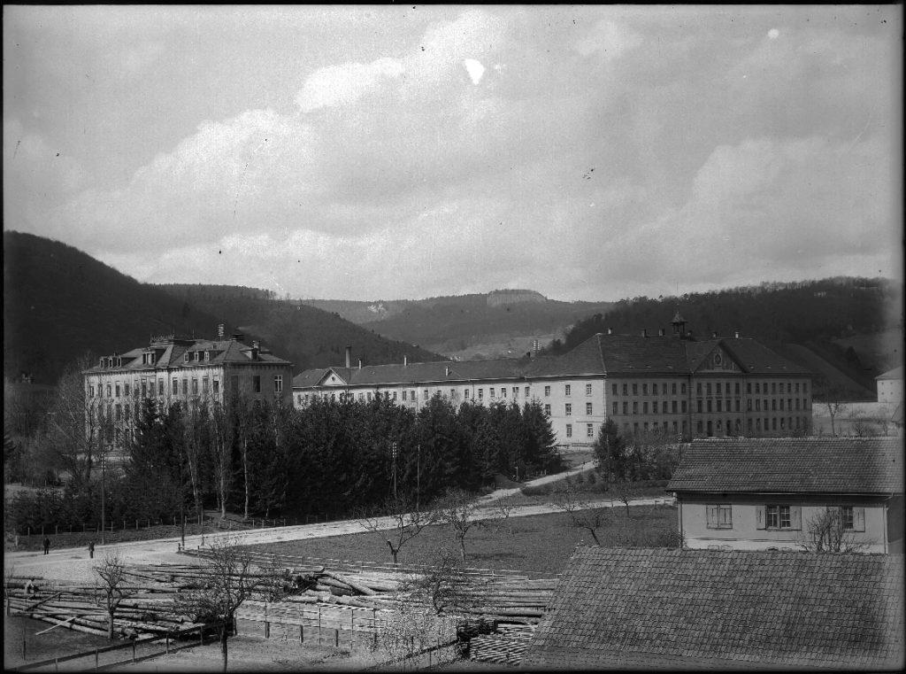 Birmann-Spital (1875) und «Pfrund» (1854), Liestal STABL_PA_6412_02_01_231, Fotoarchiv Firma Lüdin AG, Liestal, Staatsarchiv Basel-Landschaft