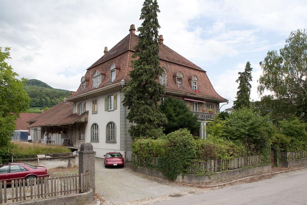 Ehemalige Weinkellerei Tschudy, südlicher Kopfbau 2009, Sissach © Börje Müller Fotografie