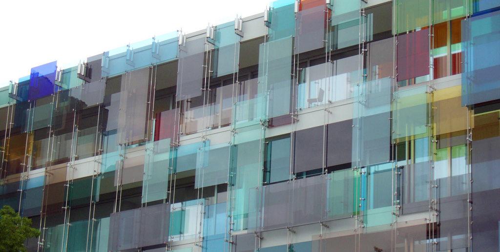 Glasfassade von Helmut Federle, 2005, Novartis Forum 3 (Arch. Diener & Diener Architekten), Basel © transparency_architectural theory, materiality