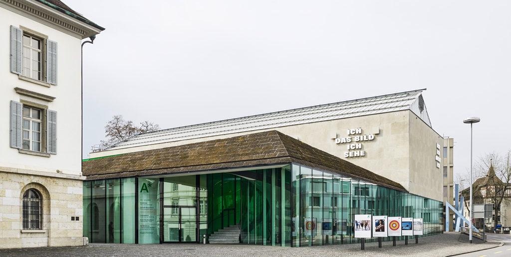 «ICH DAS BILD ICH SEHE» u.a. von Rémy Zaugg, 2003, Aargauer Kunsthaus (Arch. Loepfe, Hänni und Hänggli / Herzog & de Meuron), Aarau © Georg Aerni, Zürich