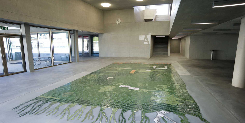 «Teppich (It's this rug I have, it really tied the room together)», Julia & Claudia Müller, 2013 © Kunstkredit Basel-Stadt